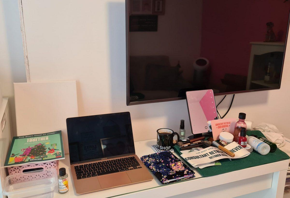 Debbie Goodlip Peppermint Cafe Mirror on desk